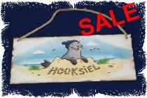"""Schild Seehund in Sandburg """"Hooksiel"""""""