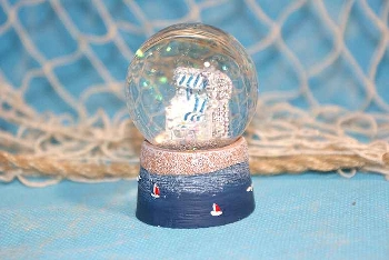 Schneekugel Strandkorb blau/weiß Poly ca.4,5 cm