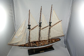 Segelboot ca.72x12x57cm
